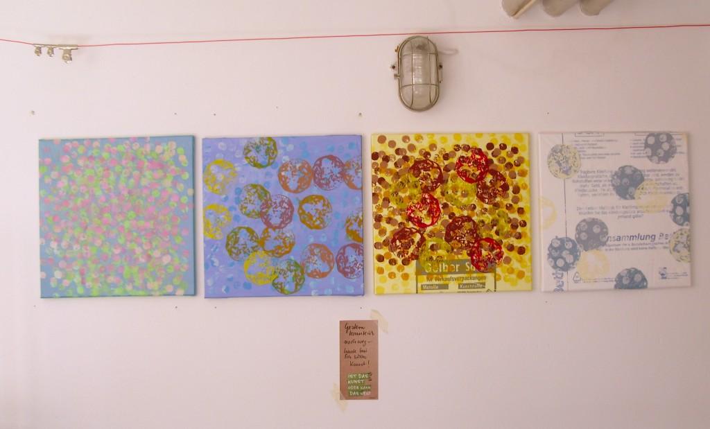 Gestern konnte ich noch weg - heute bin ich schon Kunst. Die vier Jahreszeiten auf Mülltüten.